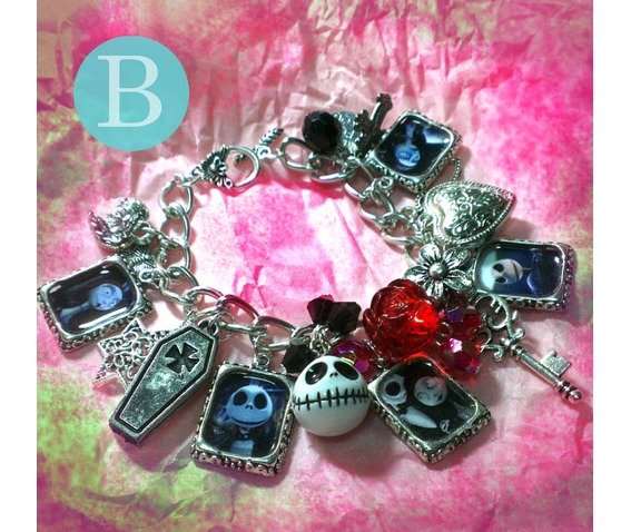 tim_burton_the_nightmare_before_christmas_charm_bracelet_b_bracelets_2.jpg
