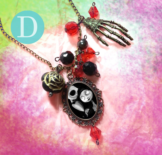 tim_burton_the_nightmare_before_christmas_charm_necklace_d_necklaces_2.jpg