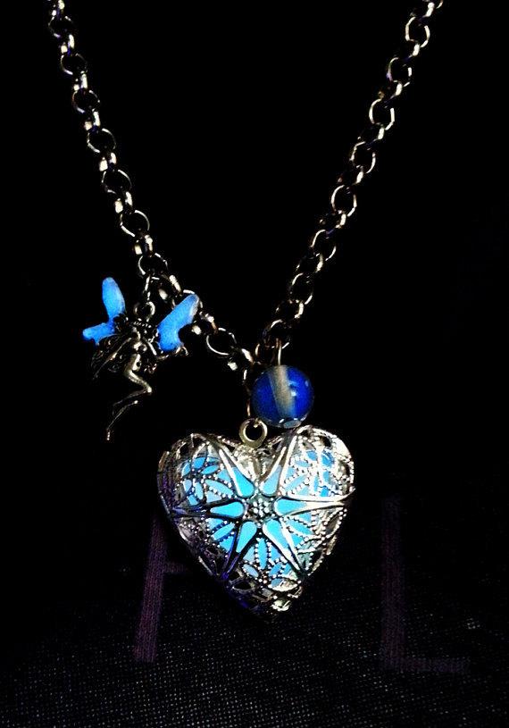 ocean_of_love_heart_fairy_tale_glowing_necklace__necklaces_2.jpg