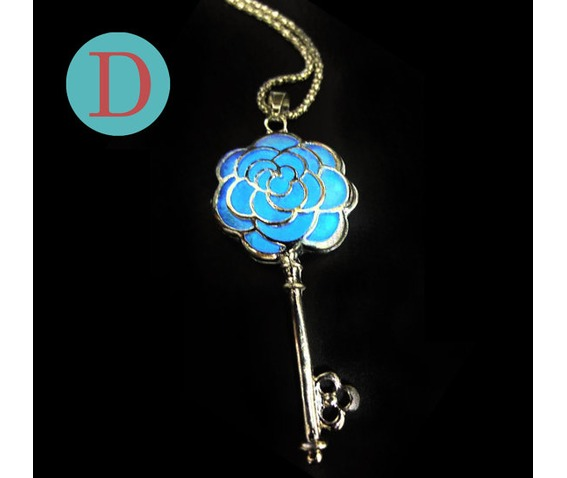 rosary_key_glowing_necklace_d_necklaces_2.jpg