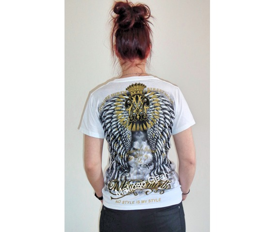 womans_burning_heart_t_shirt_unisex__t_shirts_5.jpg