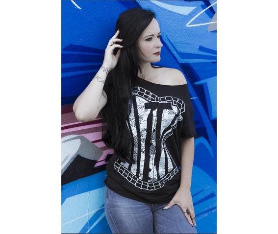 bustier_t_shirt_t_shirts_4.png
