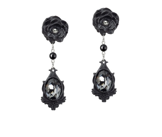 dark_desires_ladies_gothic_earrings_by_alchemy_gothic_earrings_2.jpg