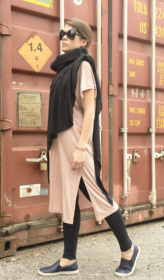 black_loose_turtleneck_scarf__scarves_6.jpg