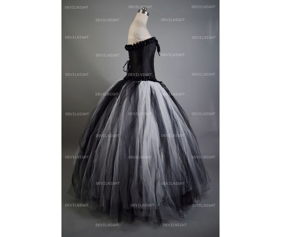 romantic_black_and_white_gothic_corset_long_prom_dress_dresses_4.jpg