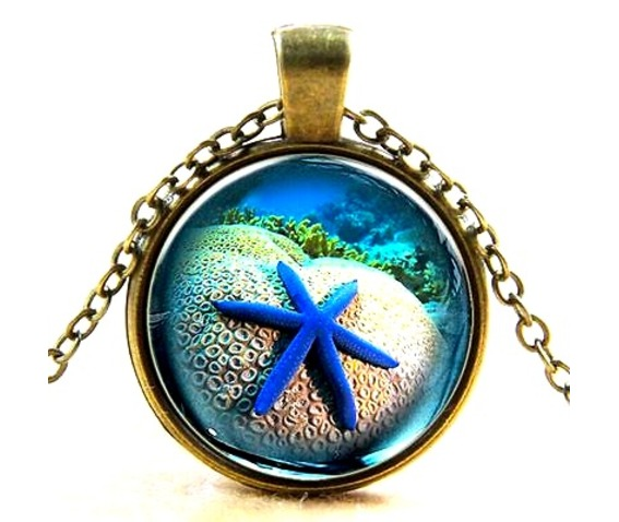 cool_electric_blue_starfish_glass_antique_bronze_metal_pendant_pendants_2.jpg