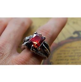 Red Ruby Zircon Stone Dragon Claw Ring