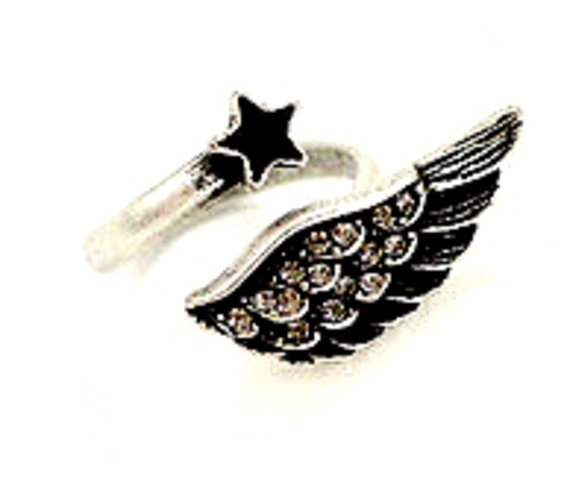 eye_catching_black_and_silver_wing_and_star_design_ring_small_size_rings_2.jpg