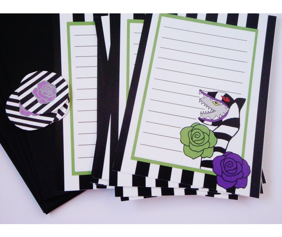 beetlejuice_inspired_stationery_letter_set_writing_implements_3.jpg