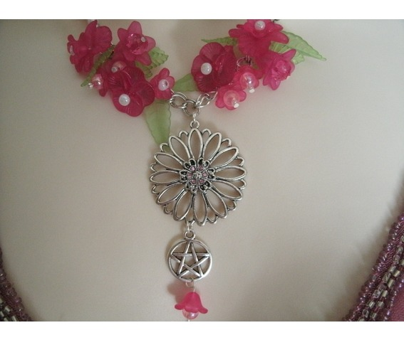 flower_pentacle_necklace_wiccan_pagan_wicca_witchcraft_witch_pentagram_necklaces_5.jpg