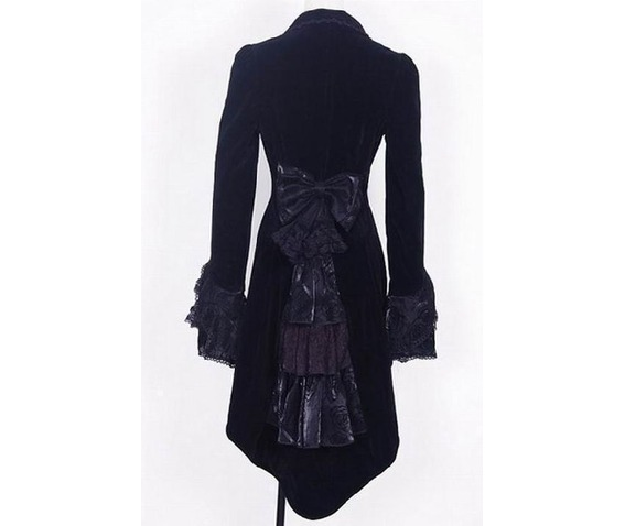 black_velvet_gothic_swallow_tailed_coat_for_women_jackets_5.jpg