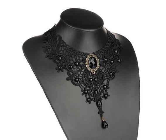 gothic_vintage_look_victorian_black_lace_choker_necklace_necklaces_6.jpg