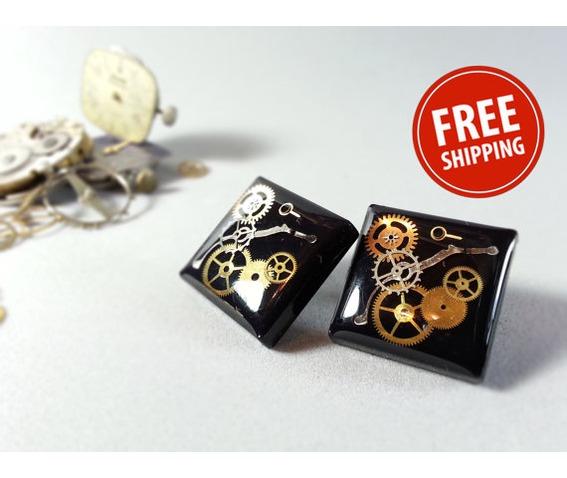 black_steampunk_earrings_black_jewelry_ecofriendly_resin_resin_jewelry_earrings_4.jpg