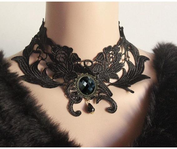 gothic_victorian_vintage_look_gem_black_choker_necklaces_3.jpg