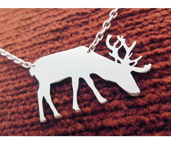male_deer_with_antlers_necklace_necklaces_3.jpg