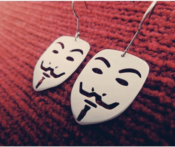 guy_fawkes_mask_v_for_vendetta_pendant_earrings_necklaces_3.jpg