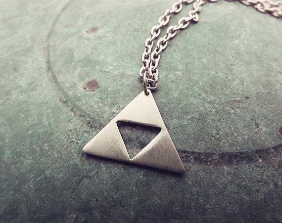 triforce_necklace_necklaces_3.jpg