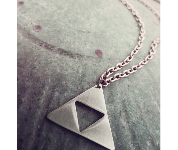 triforce_necklace_necklaces_3.jpg
