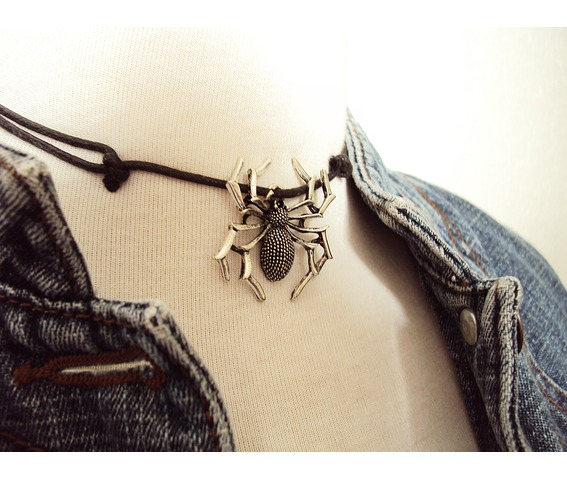 large_spider_choker_necklace__necklaces_5.jpg