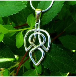 Celtic Leaf Necklace, Celtic Knot, Celtic Jewelry, Silver Jewelry