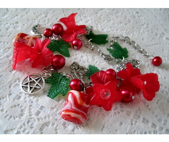 red_flower_pentacle_bracelet_gothic_witch_witchcraft_wiccan_pagan_bracelets_5.jpg