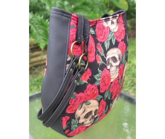 skull_bed_roses_shoulder_charla_purse_with_wallet_purses_and_handbags_6.jpg
