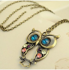Retro Vintage Hollow Owl Crystal Necklace