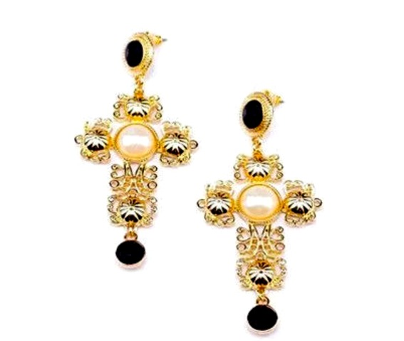 striking_gold_metal_crucifix_earrings_with_black_crystals_and_faux_pear_earrings_2.jpg