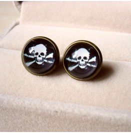 Vintage Fashion Skull Stud Earrings
