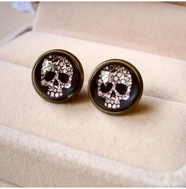 Fashion Vintage Skull Earrings