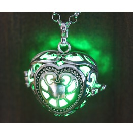 Green Glowing Orb Necklace Pendant Heart Locket