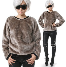Punk Rock Teddy Bear Sarpei Faux Fur Velvet Furry Slouchy Sweatshirt Jumper