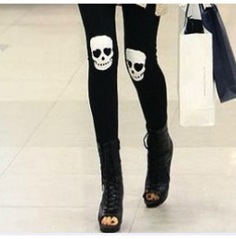 Striking! Black Leggings White Skulls