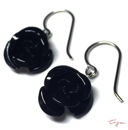Metal Rose Dangle Earrings Black