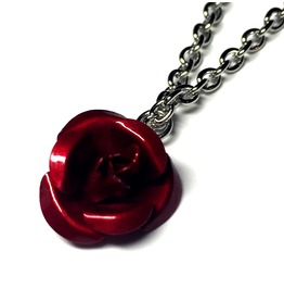 Metal Red Rose Necklace