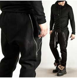 V Line Zipper Accent Black Baggy Sweatpants 140