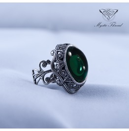 Emerald Victorian Ring