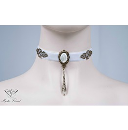 White Velvet Victorian Choker With Black Agate Contact For Neck Cm