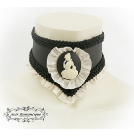 Gothic Black And Beige Leather Cameo Neck Collar