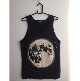 Moon Beautiful World Fashion Vest Tank Top