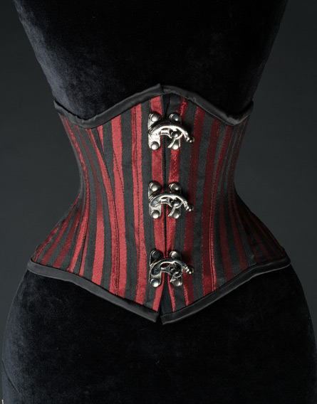 steel_boned_red_striped_extreme_waist_cincher_9_worldwide_shipping_bustiers_and_corsets_4.jpg