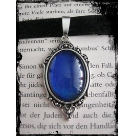 Gothic Necklace (Velvet), Blue Stone