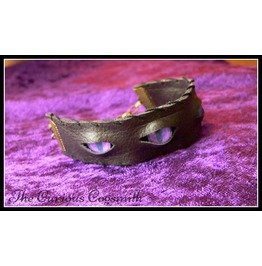 Faux Leather & Eyes Cuff Bracelet (Purple Eyes)