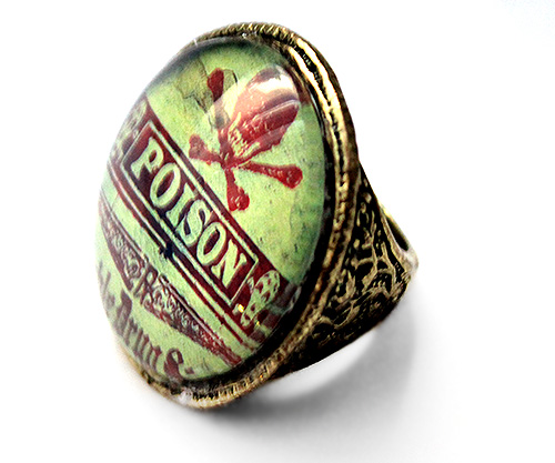 poison label ring
