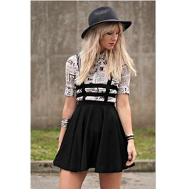 Women Black Cut Out High Waist Pleated Mini Skirt