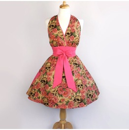 Skulls And Roses Pink Apron