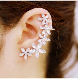 Women Fashion White Crystal Flowers Daisy Ear Clip Non Pierced Earrings