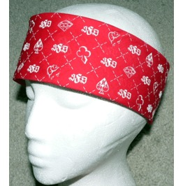 "Suited Bandana (22""×22"") – Red"