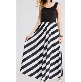 Full Length Summer Sleeveless Black/White Dress