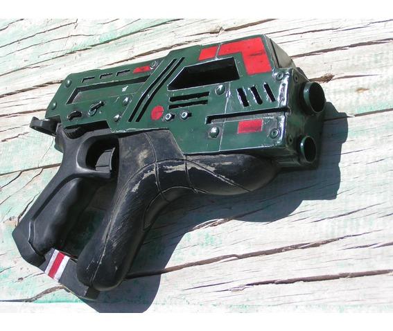 diesalpunk hand gun